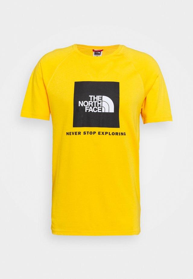 RAGLAN TEE  - T-shirt imprimé - summit gold