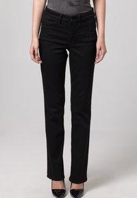 MAC Jeans - MELANIE - Straight leg jeans - schwarz - 5