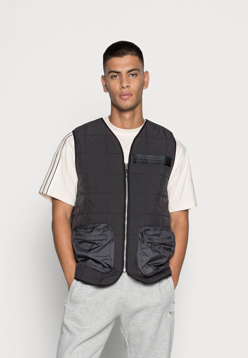 adidas Originals - PADDED VEST - Bodywarmer - black