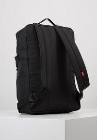 Levi's® - PACK STANDARD ISSUE - Reppu - regular black - 3