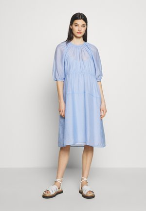 BUSTER - Denní šaty - light blue