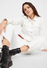 Pieces - Denim jacket - bright white - 4