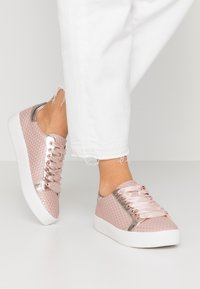 Tamaris - LACE-UP - Trainers - rose - 0
