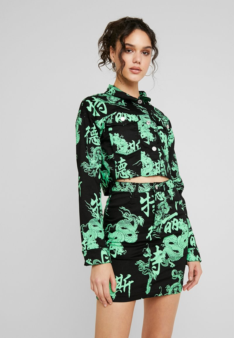 Missguided - DRAGON PRINT STRETCH CROPPED JACKET - Jeansjacka - neon green