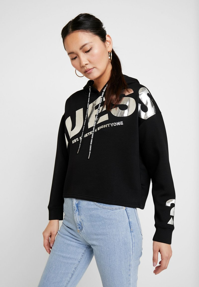 Guess - ISADORA FLEECE - Kapuzenpullover - jet black