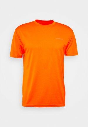 VERNON PERFORMANCE TEE - T-shirt basique - shocking orange