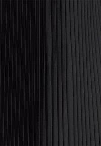 Club Monaco - PLEATED SCOOP HEM SKIRT - Jupe plissée - black - 4