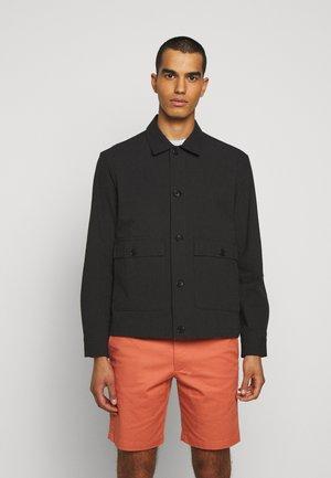 SHORT JACKET - Lehká bunda - black/navy