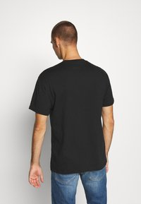 Tommy Jeans - STRAIGHT LOGO TEE - Print T-shirt - black - 2