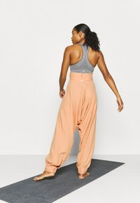 Free People - WADE AWAY HAREM - Trousers - med orange - 2