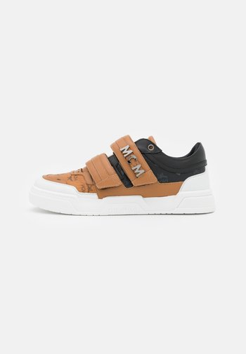 COLLECTION - Trainers - cognac