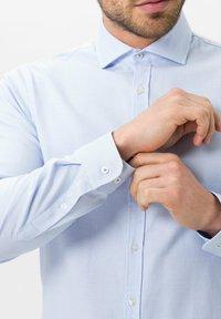 BRAX - STYLE HAROLD - Shirt - bleu - 4