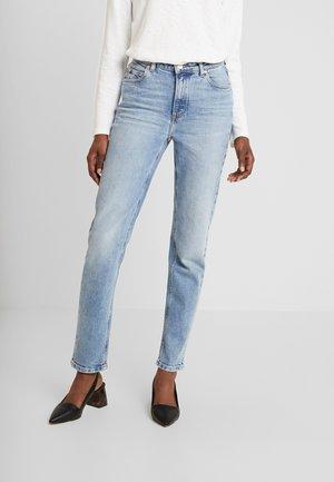 ALVA HIGH STRAIGHT - Straight leg jeans - light salt n'pepper authentic
