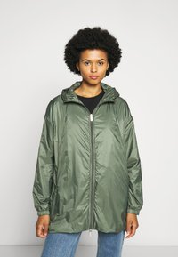PYRENEX - WATER REPELLENT AND WINDPROOF - Waterproof jacket - jungle - 0