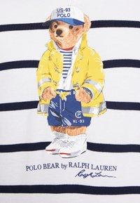 Polo Ralph Lauren - Hættetrøjer - white/cruise navy - 4