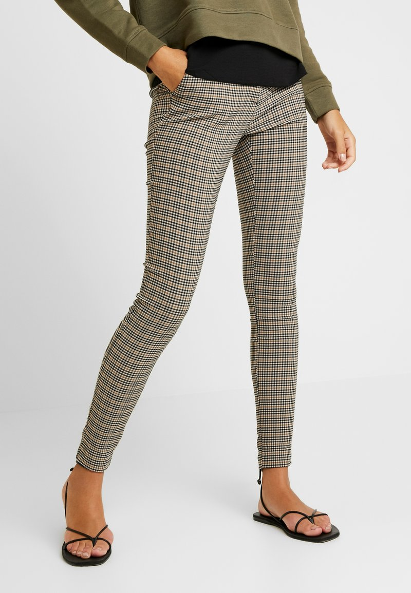 New Look - HENRY HERITAGE BENGALINE TROUSER - Trousers - black