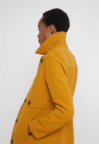 J.CREW - LADY DAY UPDATE - Classic coat - dark amber - 3