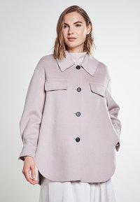 Rosa & Me - YUNA - Short coat - dune - 0