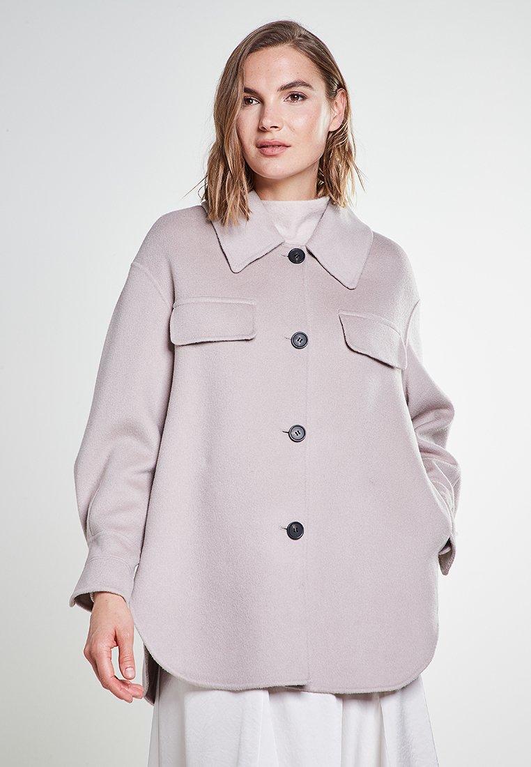 Rosa & Me - YUNA - Short coat - dune