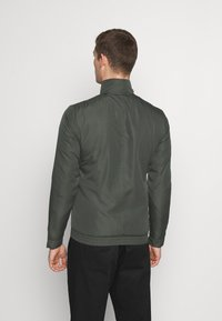 Selected Homme - SLHETHAN - Light jacket - forest night - 2