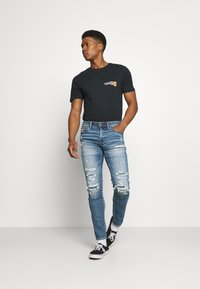 Volcom - WORLDS COLLIDE BSC SS - Print T-shirt - black - 1