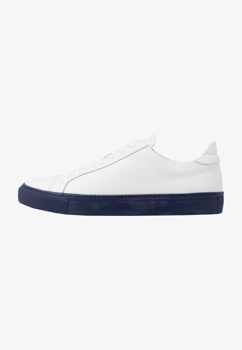GARMENT PROJECT - TYPE - Tenisky - white/navy blue