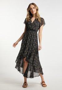 DreiMaster - Maxi dress - schwarz geblümt - 1
