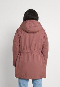 ONLY - ONLIRIS  - Zimní kabát - burlwood - 3