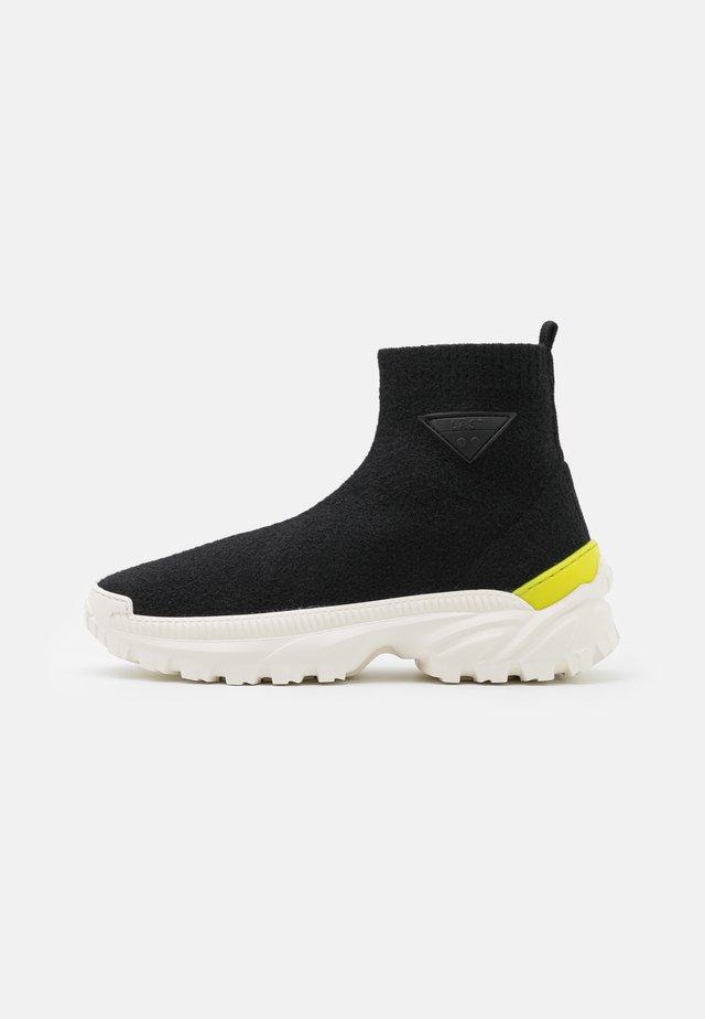 BANSKY - Kotníková obuv - black