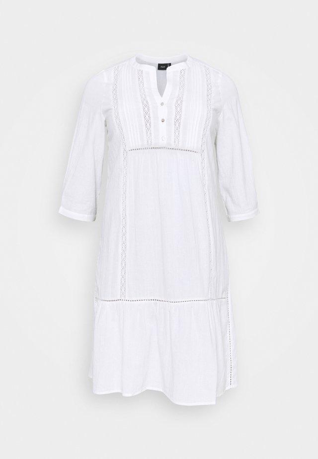 MAUSTIN KNEE DRESS - Day dress - bright white