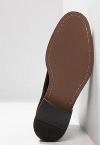 KIOMI - Classic ankle boots - black - 4