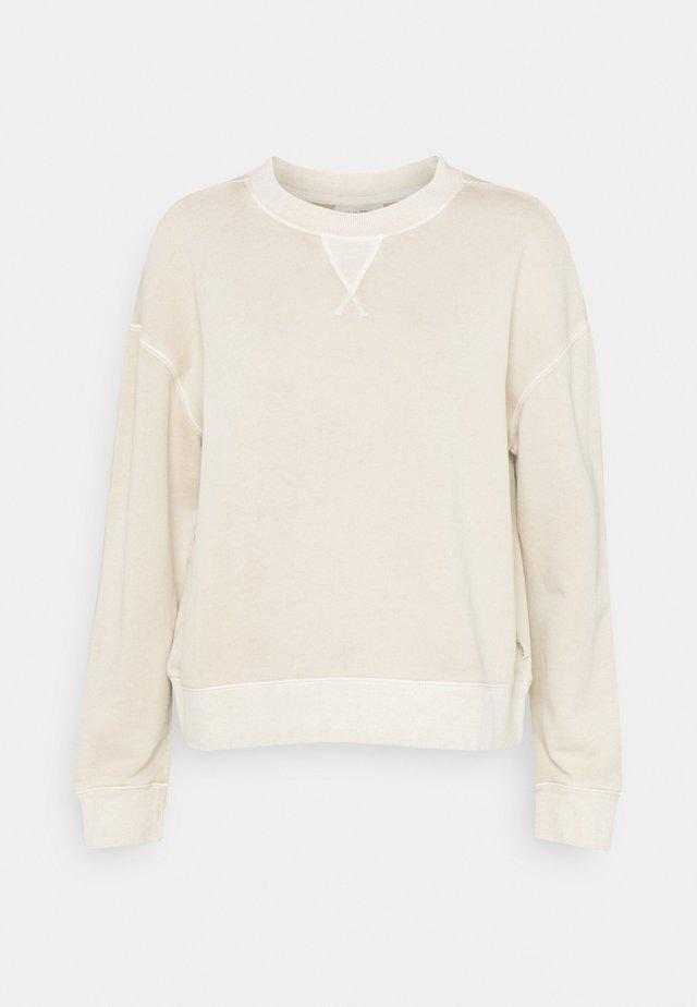 LONGSLEEVE CREWNECK DYE - Sweater - prairie