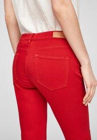 s.Oliver - Denim shorts - red - 3