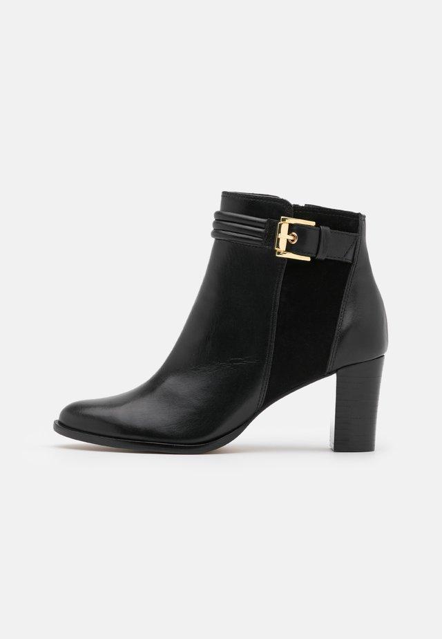 VURIDIA - Korte laarzen - noir