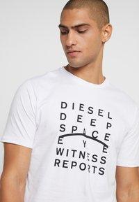 Diesel - JUST - Printtipaita - white - 4