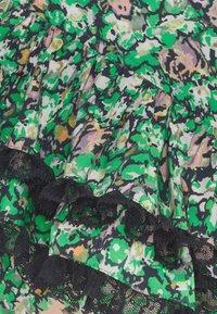 Custommade - VIOLEA - Pusero - classic green - 6