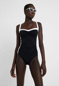 JETS BY JESSIKA ALLEN - BANDED - Maillot de bain - black/white - 1