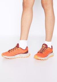 Merrell - MOAB FLIGHT - Scarpe da trail running - tangerine - 0