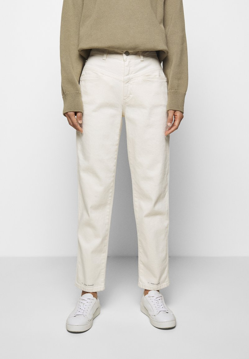 CLOSED - PEDAL PUSHER - Relaxed fit jeans - ecru