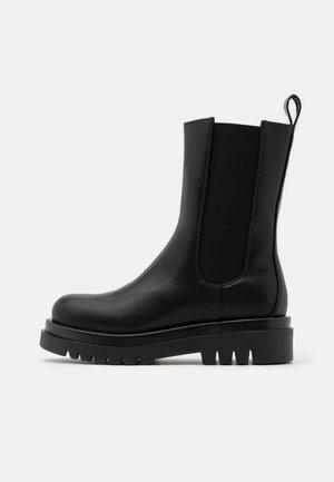 PULL ON TAB BOOTS - Platform boots - black