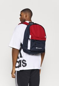 Champion - LEGACY BACKPACK - Ryggsekk - dark red - 0