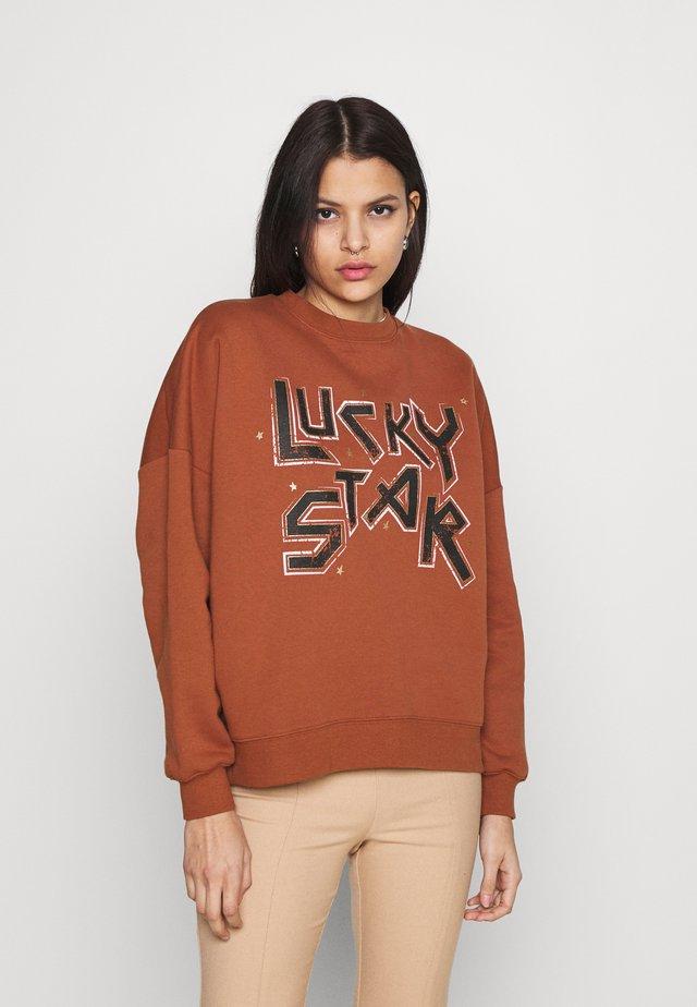 LUCKY STAR  - Sweatshirt - orange
