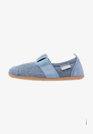 T-MODELL  - Slippers - media blue