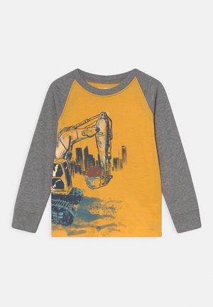 GRAPHIC TEE - Langarmshirt - yellow