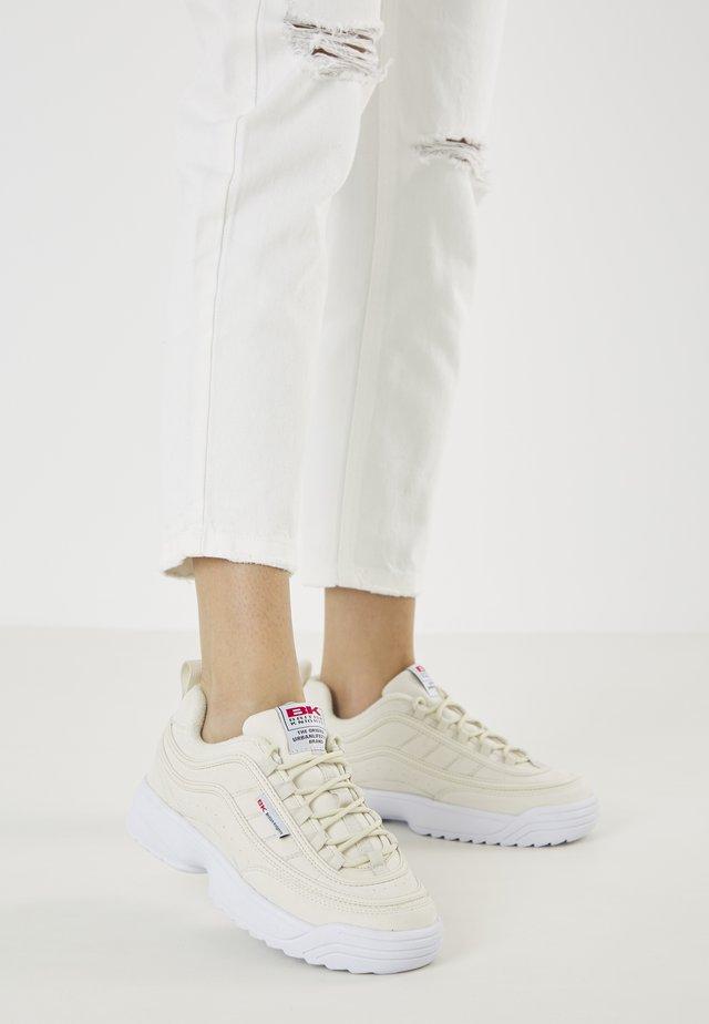 IVY - Sneakersy niskie - beige
