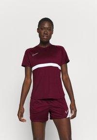Nike Performance - DRY - T-Shirt print - dark beetroot/white - 0