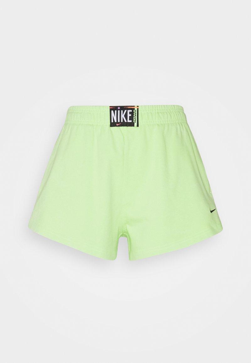 Nike Sportswear - WASH  - Shorts - ghost green/black