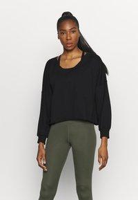 Nike Performance - OFF MAT - Sweatshirt - black/smoke grey - 0