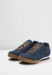 Giro - RUMBLE - Cycling shoes - dress blue - 2