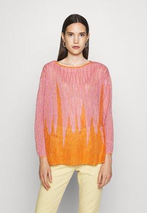 LONG SLEEVE CREW NECK - T-shirt à manches longues - candy/pumpkin